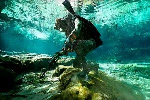 Underwater metal detecting